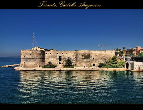 Nella citt di taranto in puglia da visitare il castello for Citta da visitare in puglia